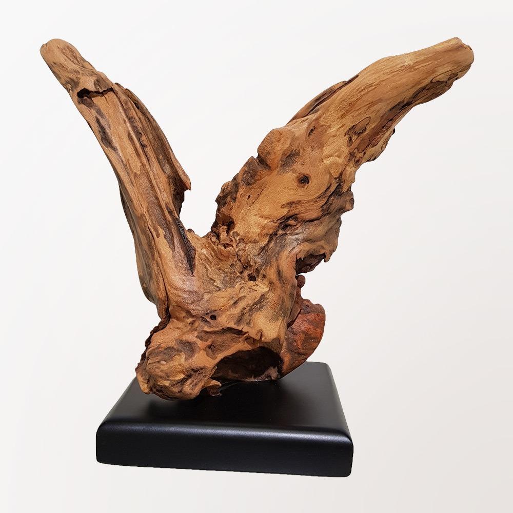 Escultura Garça Clara